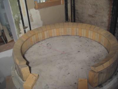 Помпейская дровяная печь - закладка