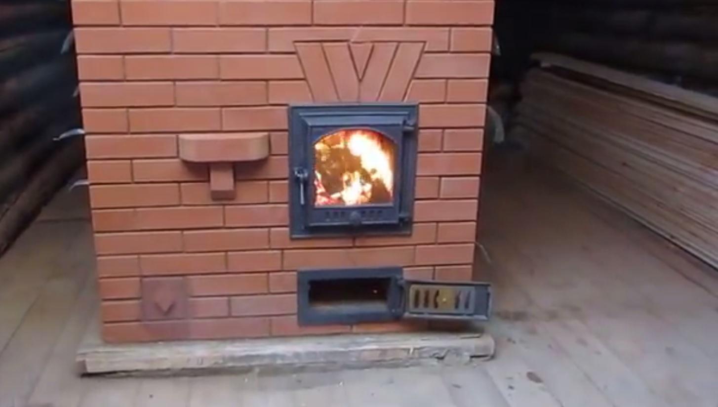Печь кирпичная на улице