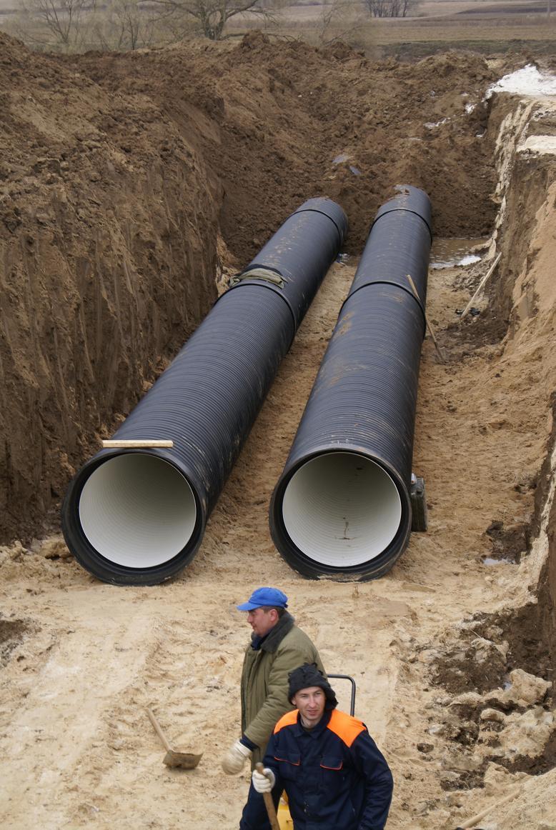 Прокладка наружной канализации