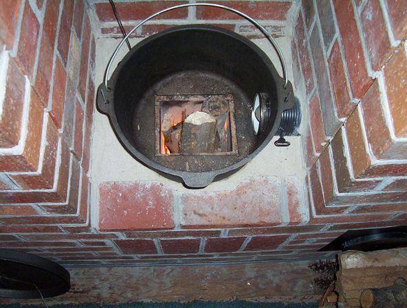 Маленькая кирпичная печь