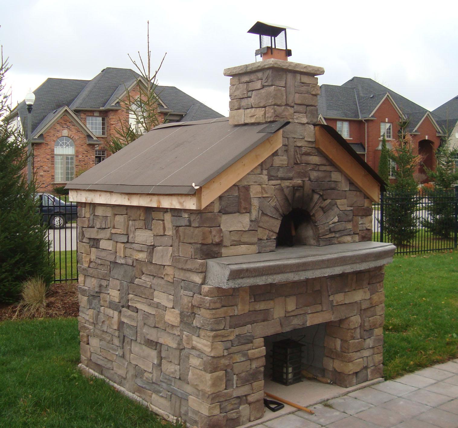 Уличная печь-камин