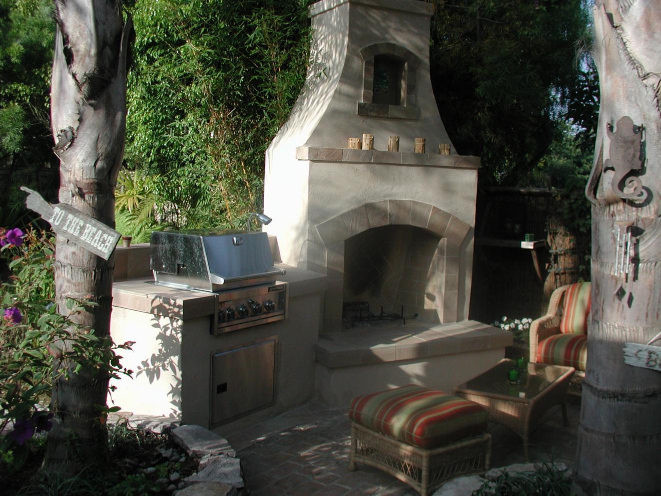 Универсальная печь-мангал-камин