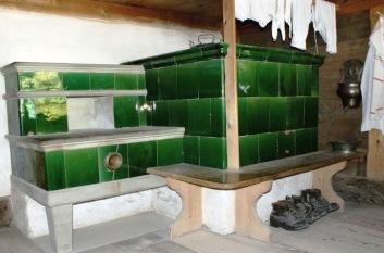 Самодельная печь с лежанкой